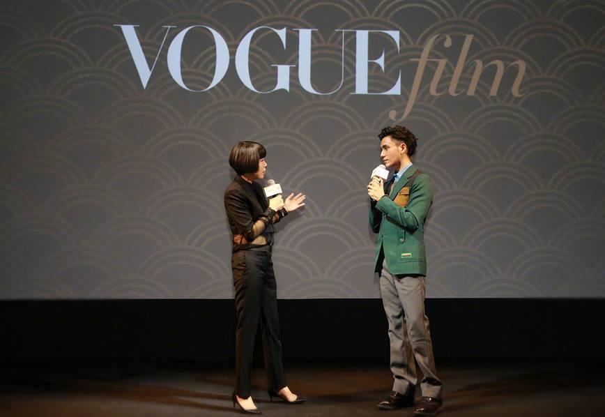 VogueFilm之夜:章子怡秀美腿杨幂李易峰等亮相