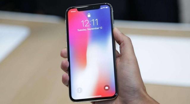 iphonex正式发售 现场火爆黄牛加价 维修费用昂贵
