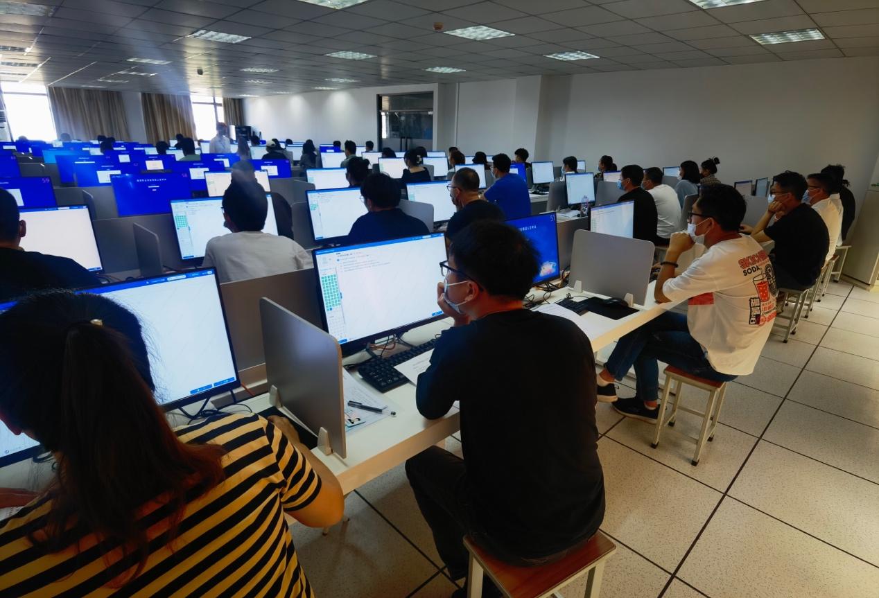 """""""阿里巴巴国际站:数字化服务贸易体系新增人才培育版块"""