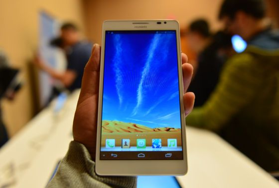 华为发布六寸大屏手机Mate 能打电话的平板