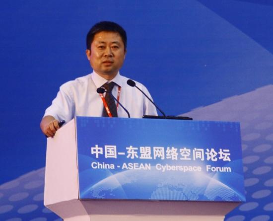 中国民政部国家减灾中心副主任范一大发言高清图片