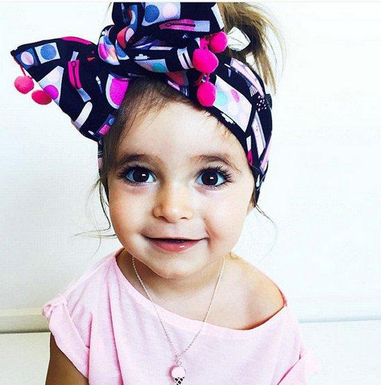 时尚从娃抓起:澳大利亚2岁萌娃潮打扮走红