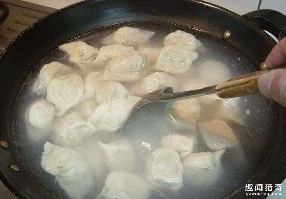 煮水饺要用冷水?真正的答案让你意想不到