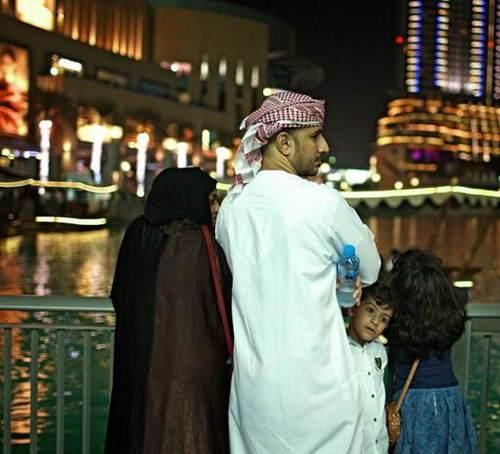 迪拜当地老百姓的真实生活照