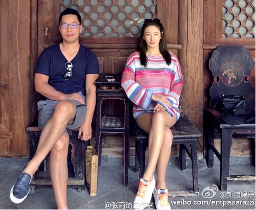 袁巴元是上海笕尚实业股份有限公司的创始人,笕尚股份公司做服装生意