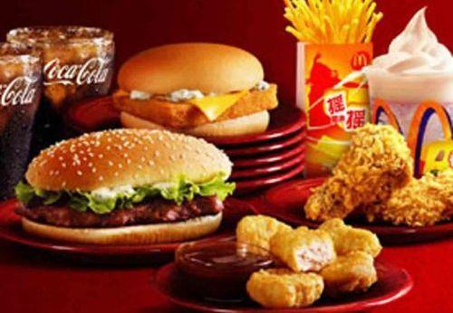 麦当劳汉堡和薯条放了5年居然没变化