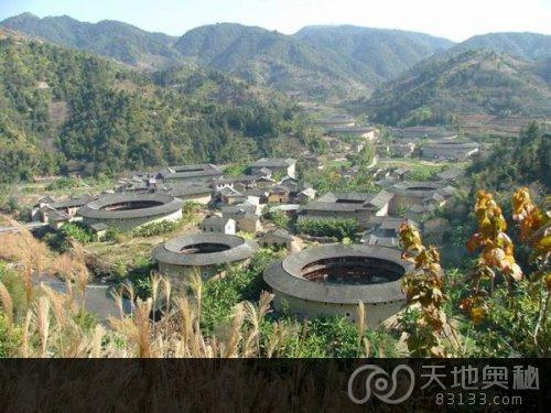 """""""中国画里的乡村""""      用最古老的方式建造,被雀为世界民居建筑"""